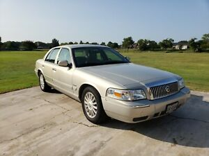 2010-Mercury-Grand-Marquis