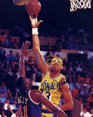 Los Angeles Lakers Portrait Desktop Frame Kareem Abdul Jabbar Autograph Replica Print