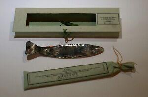 porte encens en argent martelé forme poisson en boite avec batonnets encens