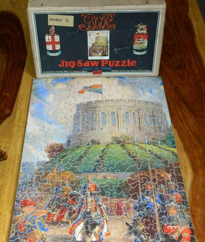 VINTAGE 1926-30 BOXED G.W.R. CHAD VALLEY WOODEN JIGSAW PUZZLE WINDSOR CASTLE