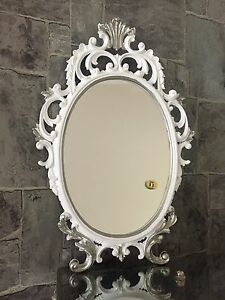 Espejo-de-Pared-Blanco-Plata-Ovalado-Barroco-43cm-Maquillaje-Ornamental-Antiguo