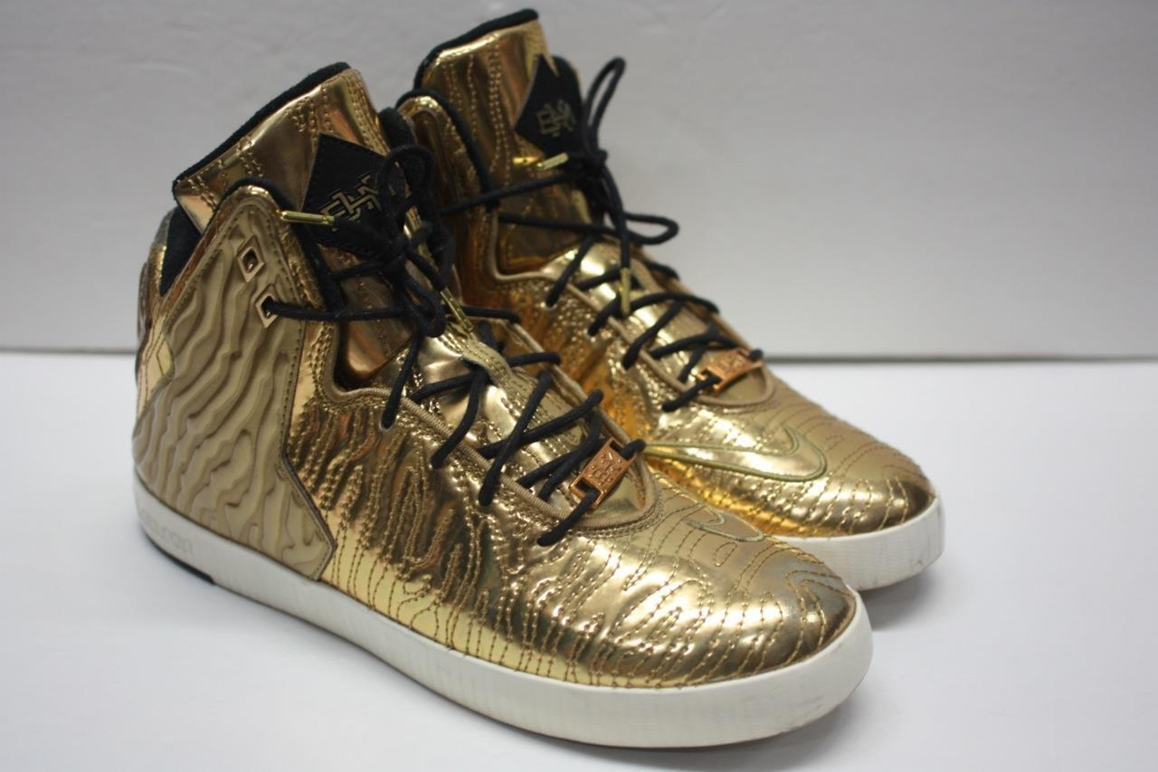 Limited Edition gold Lebron NSW Lifestyle BHM Pack (649396-700) Sz 8.5