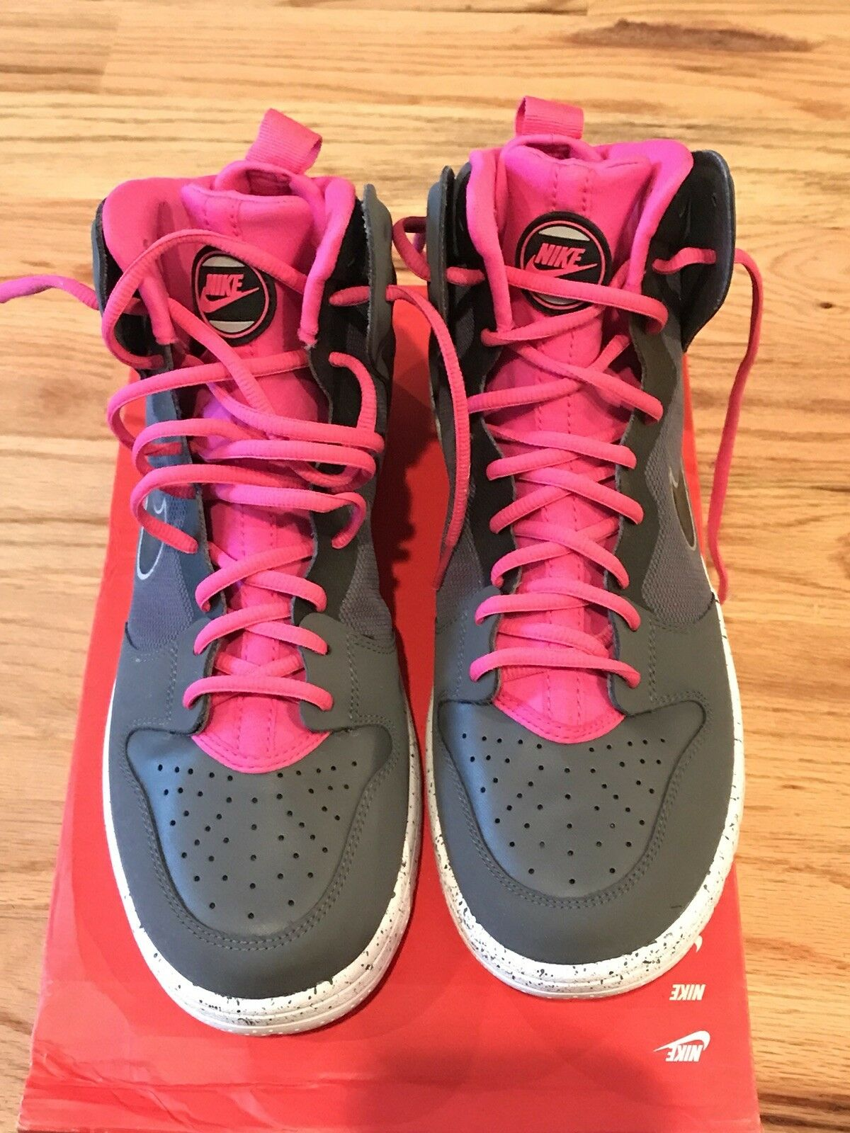 New Nike Dunk Free Trainer Size 9.5 Gray Pink Black 599466-002