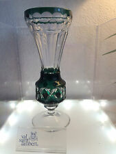VAL ST LAMBERT - Vase doublé vert émeraude et taillé