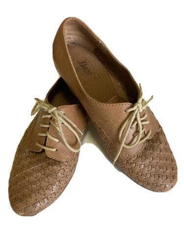 womens bass Woven leather shoe