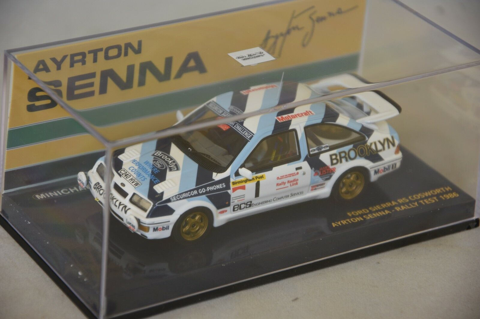 Minichamps 540864399 - FORD SIERRA RS COSWORTH SENNA - RALLY TEST 1986 1 43