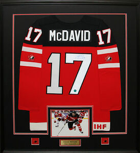 new product 474b6 26b6a Details about Connor McDavid Team Canada Hockey Juniors Signed jersey  Collector Frame