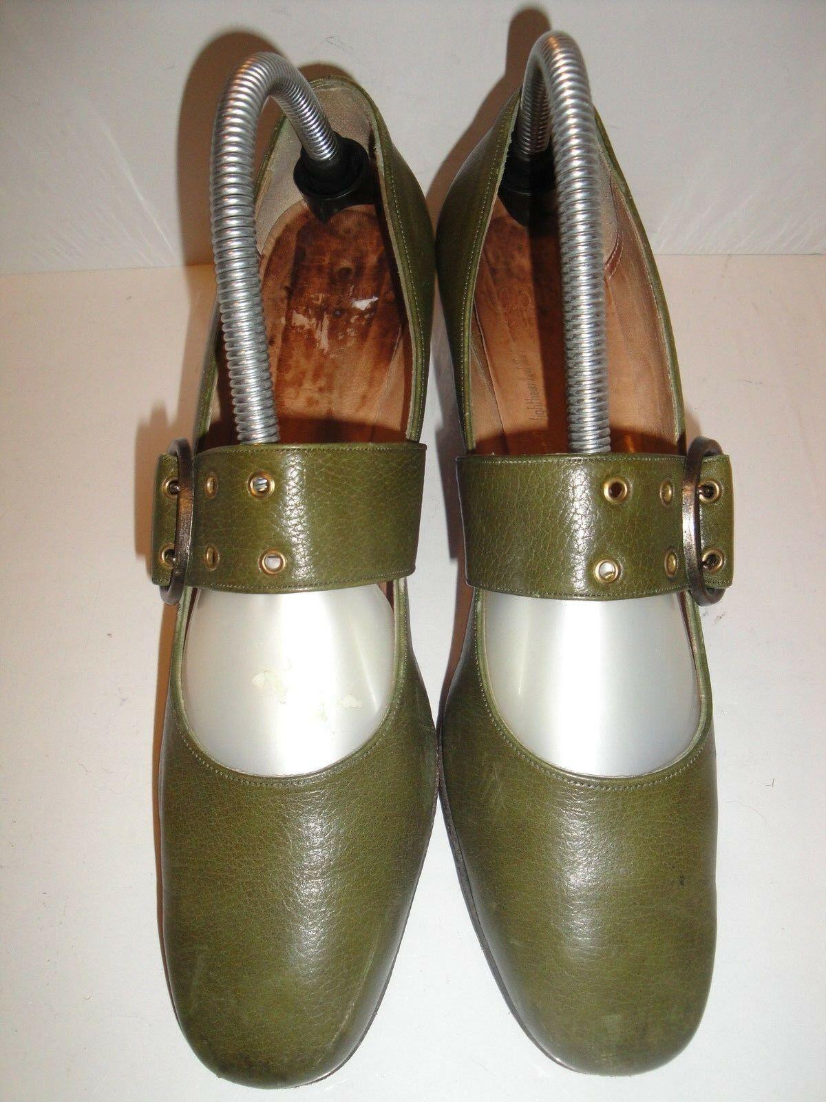 CAPRINI GREEN LEATHER MARY JANE PUMPS WOMENS SHOE SIZE 8.5 M