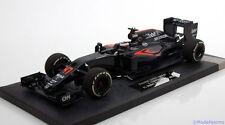 1:18 Minichamps McLaren MP4-31 F1 Debut Bahrain Vandoorne 2016