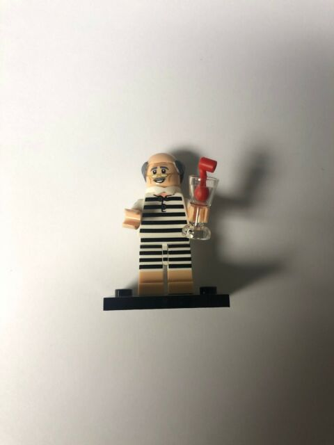 Vacation Alfred worth The LEGO Batman Movie Series 2 LEGO Minifigures 71020