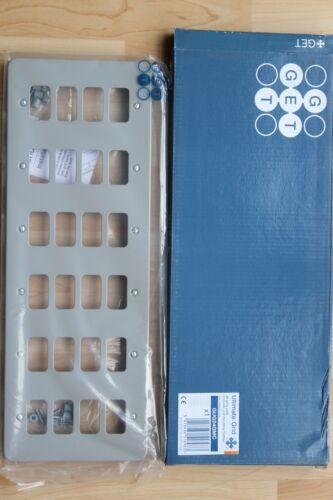 Obtenez Schneider GUG01GMC 24 Gang gris Metalclad grille plaque avec support de montage