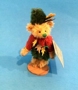 "DEB CANHAM  ""PETER PAN""  GOLDEN BROWN MOHAIR MINIATURE 4 1/2"" BEAR-JOINTED"