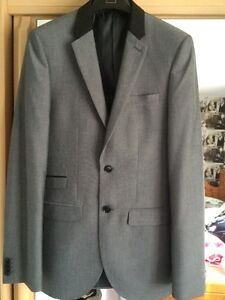 Mens/Teenager Silver Suit