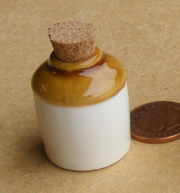 1:12 Ceramic Stoneware Carboy Bottle Dolls House Miniature Pub Accessory Jar 75L