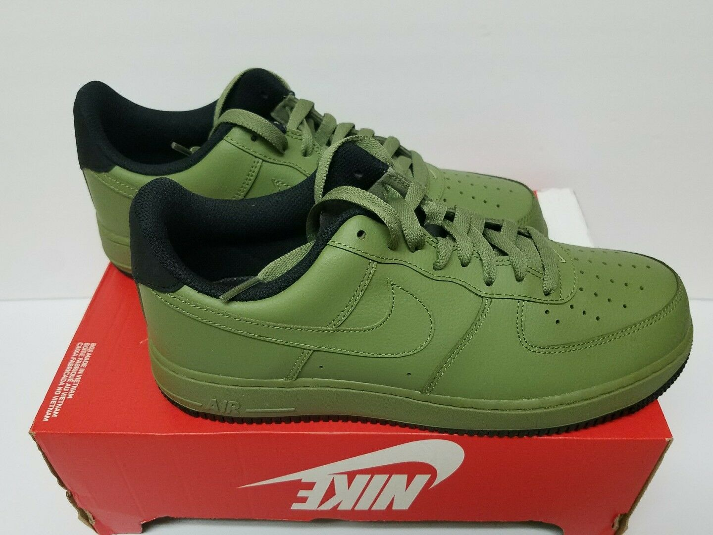 NIKE AIR FORCE 1 LOW '07 Size 10 - 315122 310 PALM GREEN/BLACK