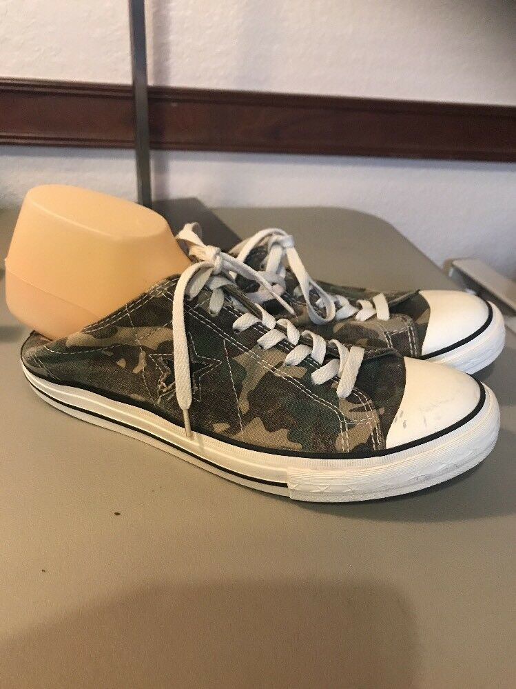 Converse Uomo Camoflauge Star Rare Canvas Tennis Shoes Size 9.5 Worn Once 1 Hour