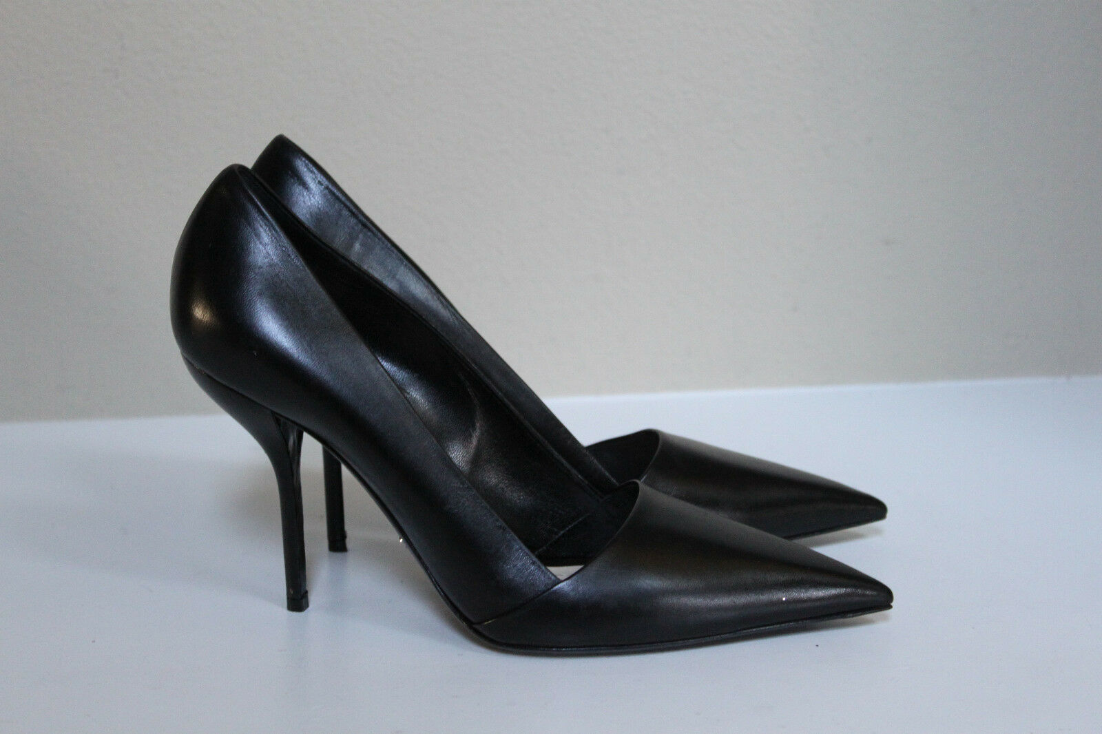 Christian Dior Black Leather Pointed Toe Classic Pump shoes sz 10.5   40.5