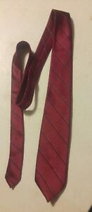 000-Vintage-Wembly-Red-Stripe-Tie-Silk