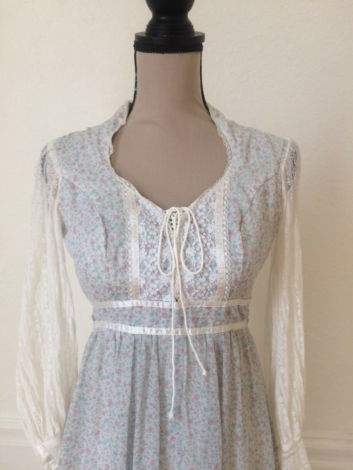 1970s Gunne Sax by Jessica Authentic Victorian Ba… - image 4