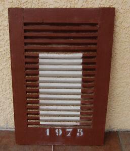 volet-persienne-en-bois-ancienne-customiser-1975-marron-et-blanche