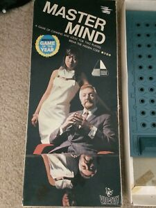 vintage-master-mind-game-Collectable-Invicta-1972-retro-Vic-toy