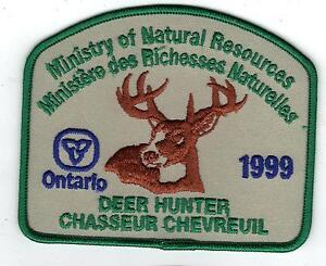 1999-ONTARIO-MNR-DEER-HUNTER-PATCH-MICHIGAN-DNR-DEER-BEAR-MOOSE-ELK-CREST-BADGE