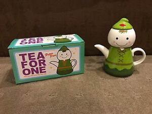 Peter-Pan-Teapot-amp-Cup-For-One-20cm-Tall-Brand-New-In-Box
