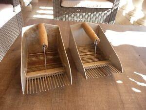 lot-de-2-rares-peignes-a-myrtilles-en-alu-et-fer-art-populaire