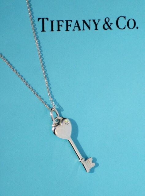 Tiffany & Co llaves pequeño corazón 0.3Ct Diamante Collar De Plata Esterlina Clave