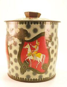 Vintage-Baret-Ware-Queen-Of-Hearts-Biscuit-Tea-Tin-England