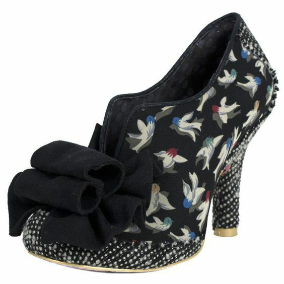 BNIB IRREGULAR CHOICE HOOK, LINE AND SINKER BLACK COURT SHOES SIZE 6.5 7 (EU40)