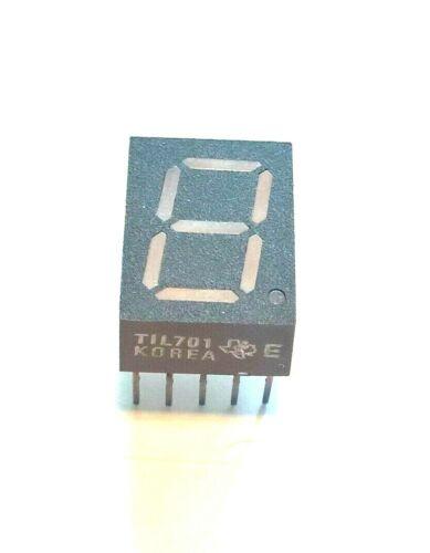 TIL701 E  TEXAS INSTRUMENTS SEGMENT LED DISPLAY  RED 10DIP
