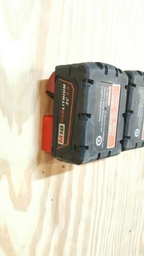 Store Milwaukee M18 Battery Holder Mount 5X M18 Wall Dock 5 Pack Puck Style