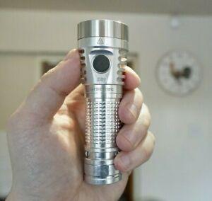 FIREFLIES E07 flashlight - 6900 lumens - XPL-HI 6500K - Raw Aluminium finish