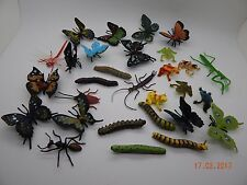 Great set of 29 plastic Insects! Bugs Butterflies Frogs Caterpillar Educational