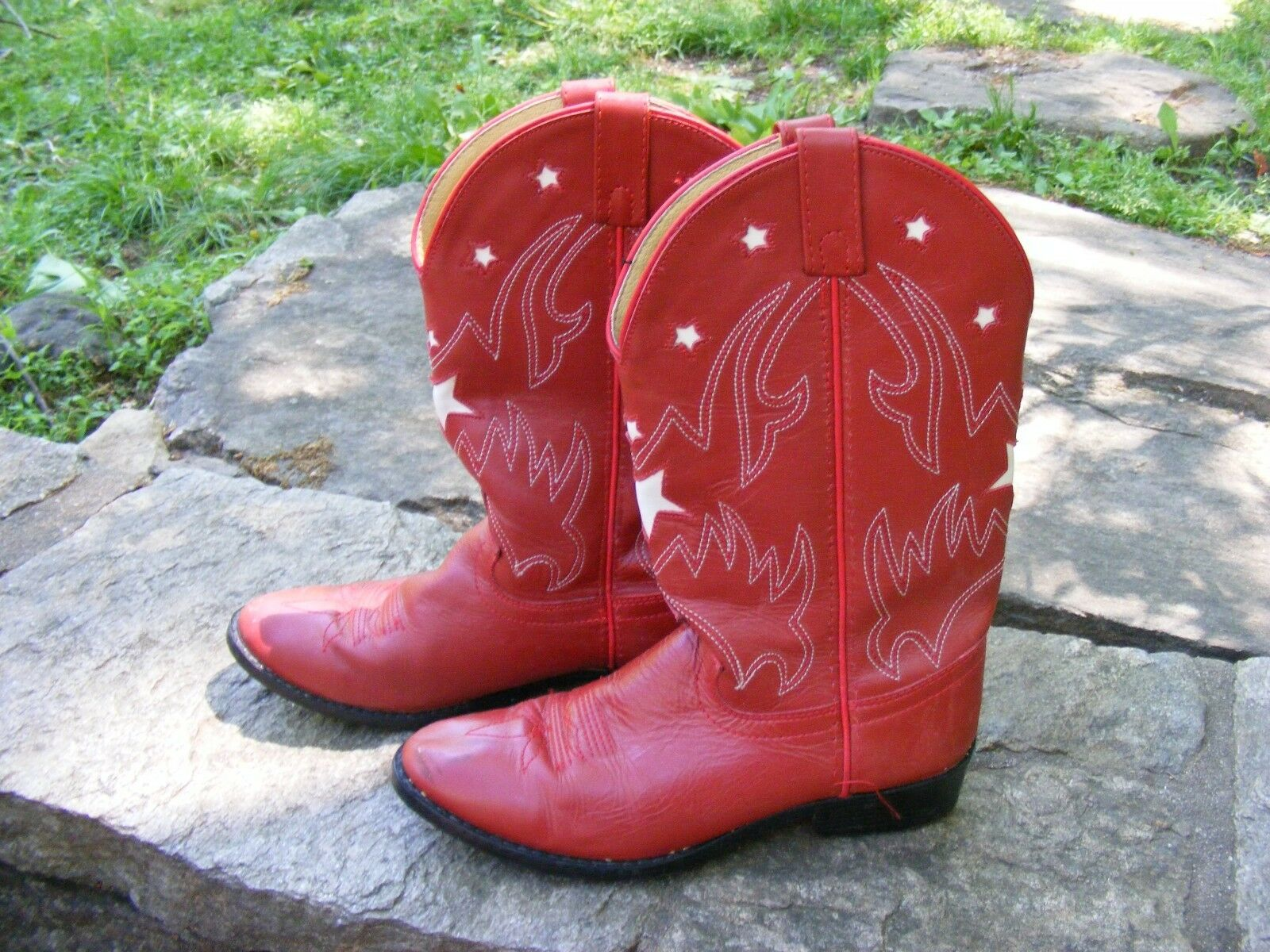 JUSTIN RED COWBOY BOOTS, Leather Pull Strap White Contrast Stitching