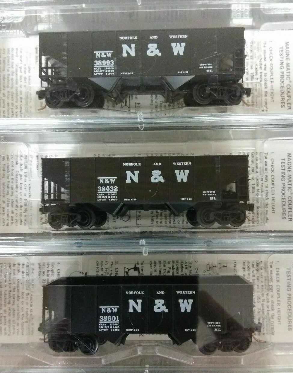 Kadee N-Scale 56042 Norfolk & Western 33' Hoppers Set of 3