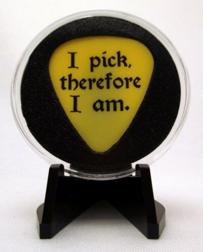 I Pick Therefore I Am Guitar Pick With MADE IN USA Display Case /& Easel