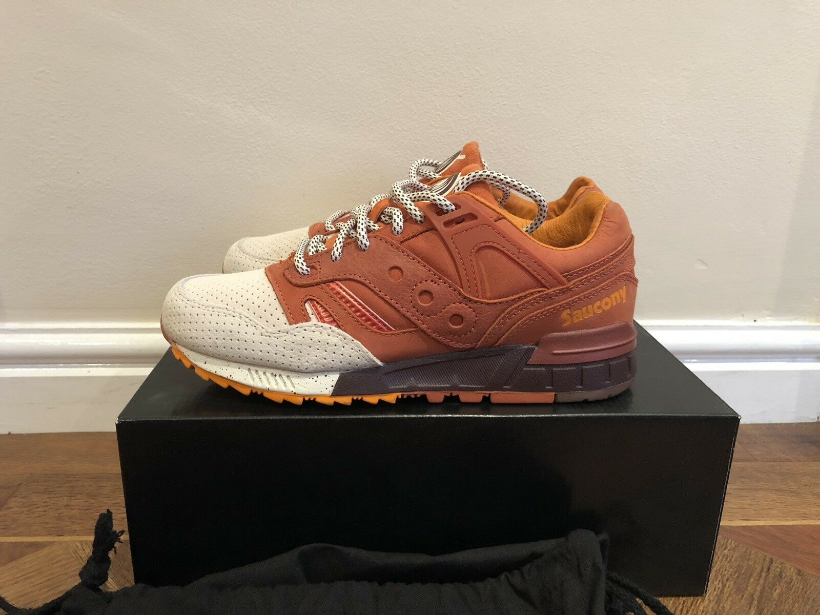 Saucony Grid SD Pumpking Spice UK7 brand New DS