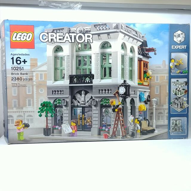 LEGO 10251 Creator Expert Brick Bank - New Open Box with wear