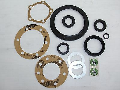 Swivel Housing Gasket Kit Land Rover Defender and Discovery 1 STC3321