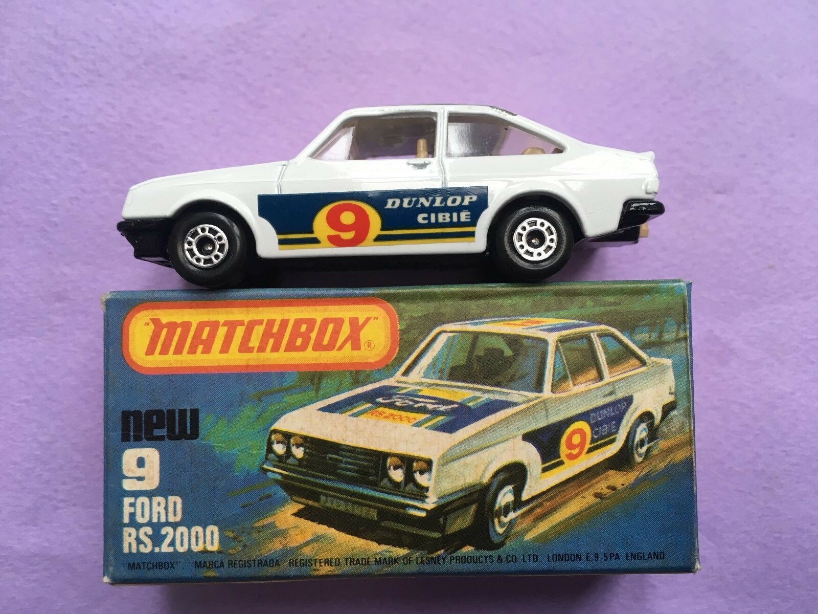 Matchbox (1-75) 9 Diecast Ford RS2000 (Boxed)