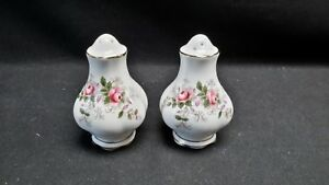 Royal-Albert-England-Bone-China-Lavender-Rose-Salt-amp-Pepper-Shakers-9-5-Hole