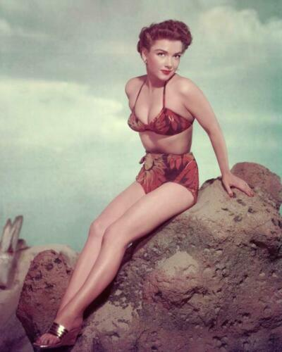 Actress Anne Baxter 8x10 Photo H-31