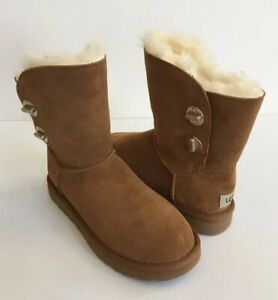 c0c970ad165 Details about UGG CLASSIC SHORT TURNLOCK CHESTNUT SHEARLING BOOT US 6 / EU  37 / UK 4