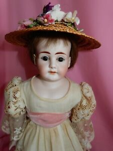 PRETTY-18-034-Simon-Halbig-Shoulder-Head-Mold-1260-DEP-Doll