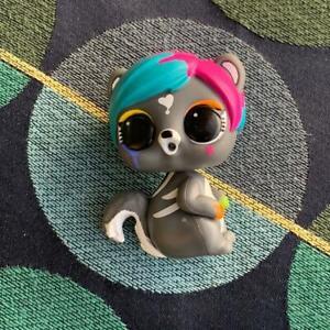 Lol-Surprise-Makeover-Series-Fuzzy-Pets-Eau-De-Splatters-PLAYED-NO-FUZZY