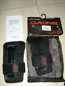 Protections-poignets-DAKINE-taille-XS-pour-ski-snowboard-roller-article-NEUF