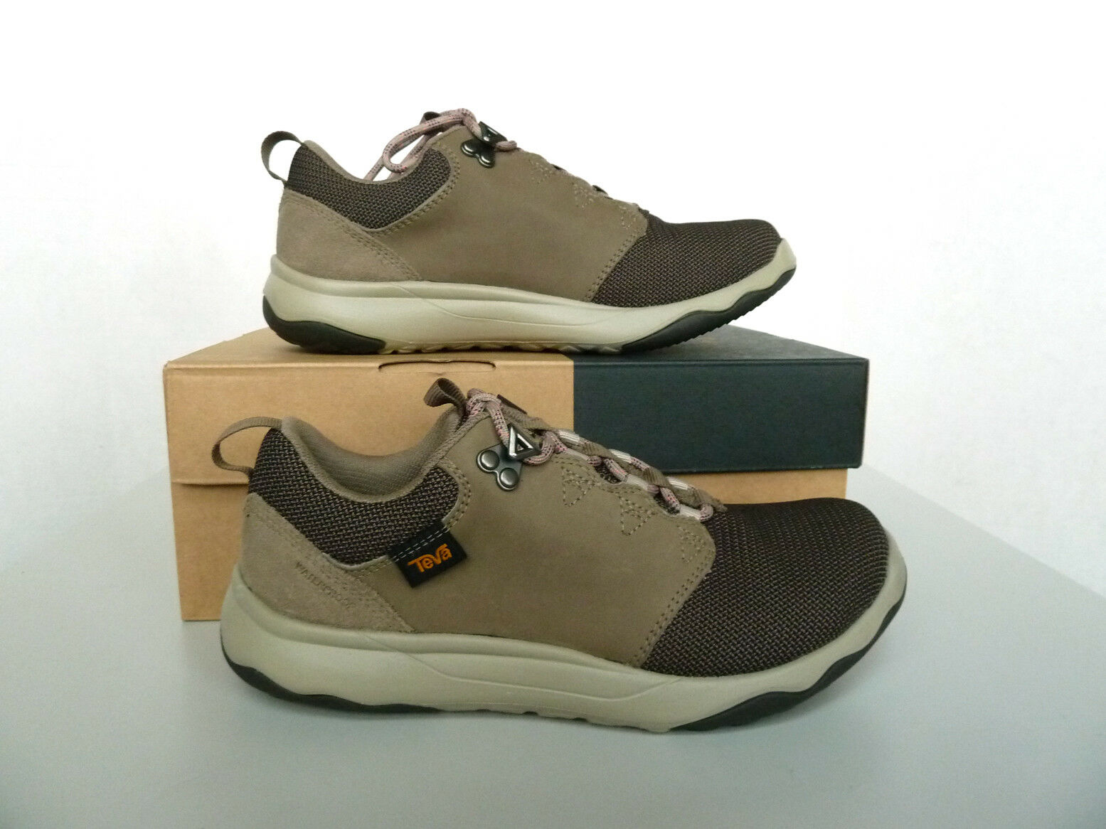 New donna`s Teva Arrowood WP Hiking scarpe scarpe scarpe 1012450 MSRP 120 aa9784