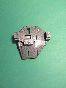 VW-T4-IV-Transporter-Fensterheber-Reparatur-Gleitstueck-Clip-links